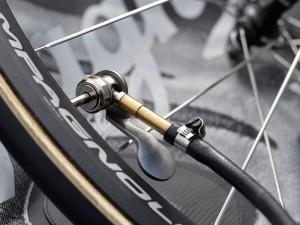 track pump adaptor
